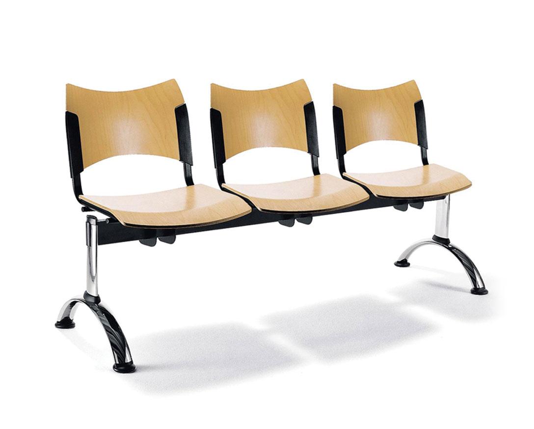 Ansamblu cu 3 locuri, sezut din lemn si picioare cromate